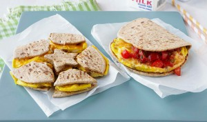 egg-sausage-cheese-breakfast-puzzle-sandwich-930x550