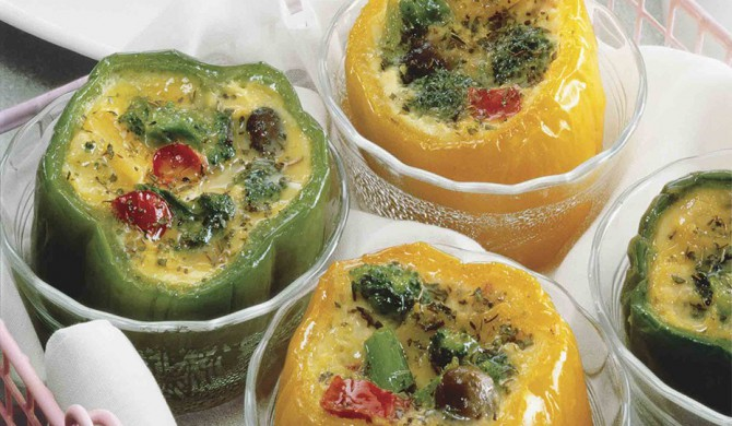 Broccoli Quiche in Colorful Peppers