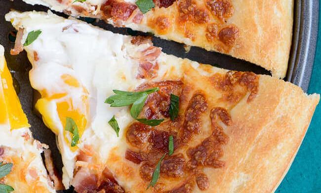Bacon Egg Breakfast Pizza