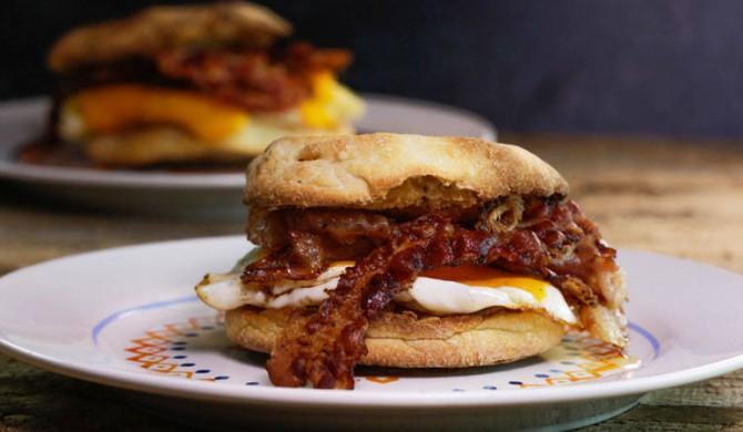 Speedy Egg Sandwich